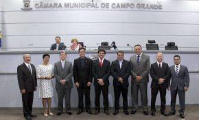 Mesa Diretora toma posse na Câmara Municipal de Campo Grande