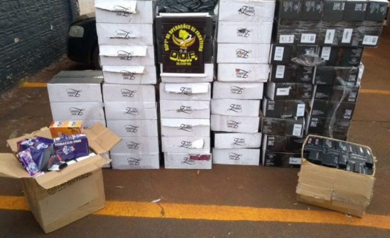 DOF apreende caminhão com pneus e produtos contrabandeados
