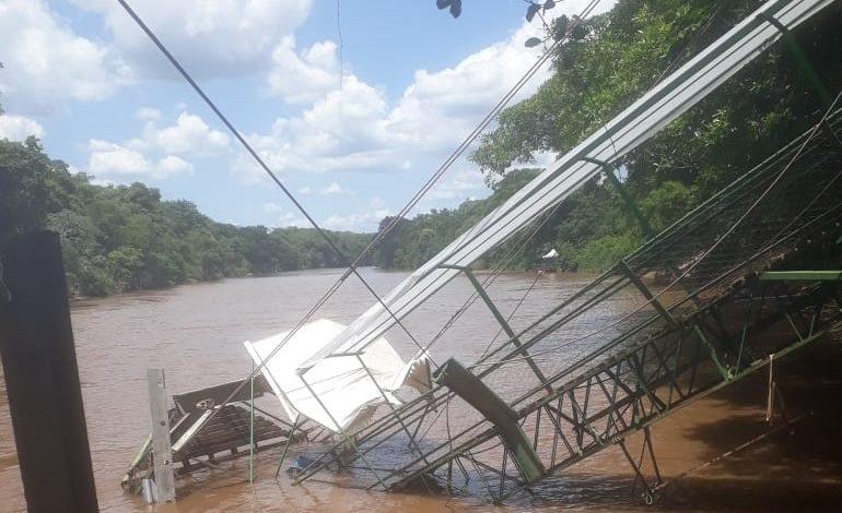 Passarela de pesqueiro cede e alunos da UFMS caem no Rio Aquidauana