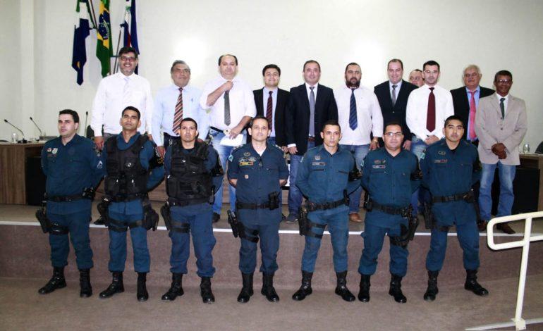 Policiais Militares que evitaram suicídio de jovem são homenageados em Anastácio