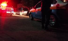 Dupla rende homem com faca e rouba moto no Nova Aquidauana
