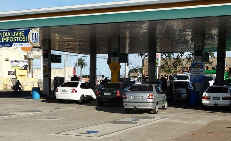 Feirão dos Impostos vai oferecer gasolina por R$ 2,50 na Capital