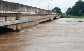 Rio Taquari sobe rapidamente e há alerta para a ocorrência de enchentes em Coxim