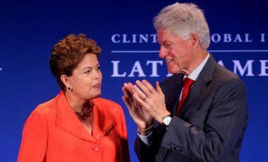 """""""Barco do Brasil não está afundando"""", diz Bill Clinton no DF"""