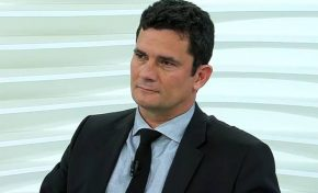 Moro determina prisão de Lula no caso do triplex