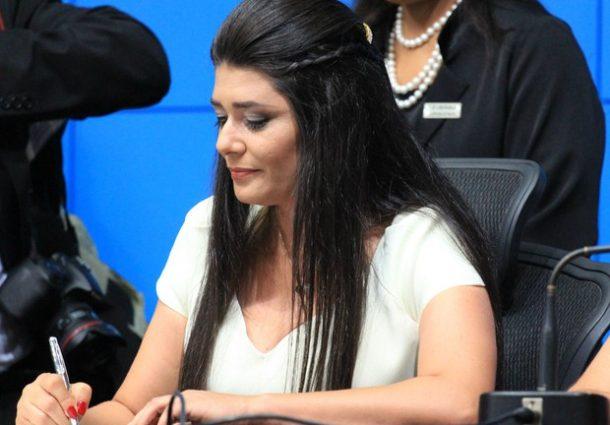 Rose Modesto abre mão de auxílio-mudança oferecido pela Câmara
