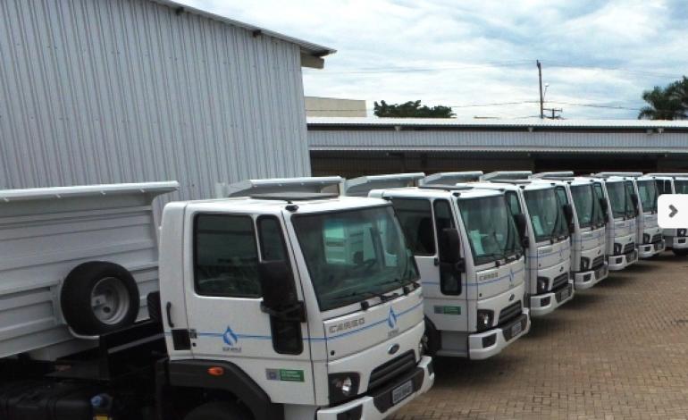 Sanesul: Governo do Estado entrega 15 caminhões-caçambas no interior