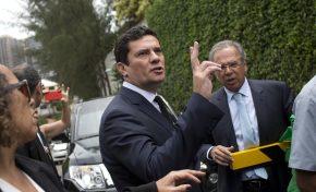 Sérgio Moro aceita convite de Bolsonaro para comandar o Ministério da Justiça