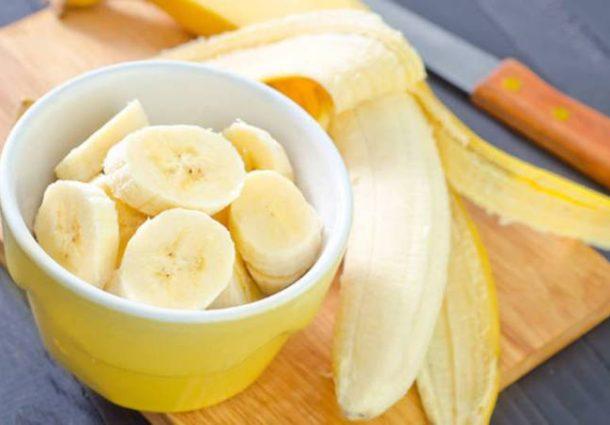 Dieta da banana matinal promete menos 8 quilos em um mês