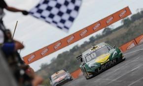 Marcos Gomes domina e vence 1ª corrida em Campo Grande