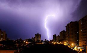 MS registrou maior número de raios neste domingo no Brasil