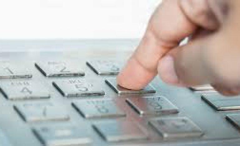 Estagiária usa a senha de gerente e transfere cerca de R$ 100 mil reais