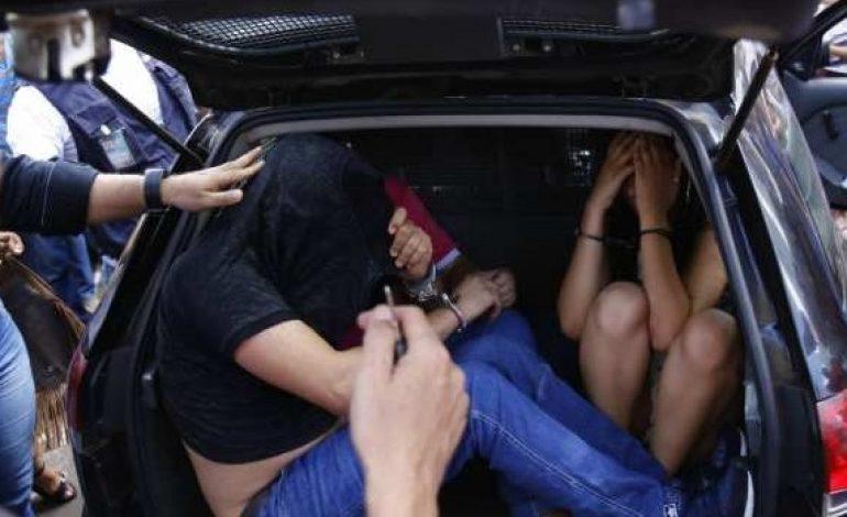 Tiroteio e perseguição acaba com três golpistas presos no centro da Capital