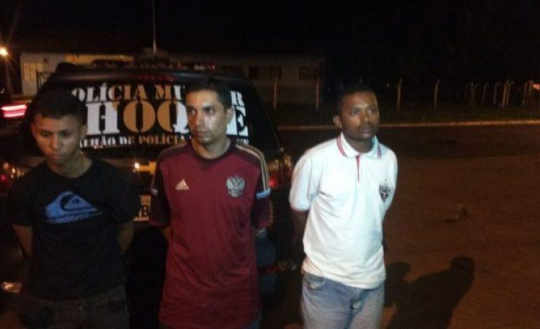 Trio é preso levando caminhonete roubada em SP para o Paraguai