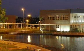 UEMS abre vagas para professores com salários de até R$ 8,6 mil