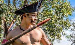 Indígena conquista prata no arremesso de lança
